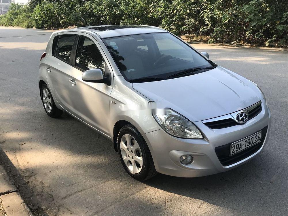 Cần bán Hyundai i20 đời 2011, nhập khẩu nguyên chiếc (3)