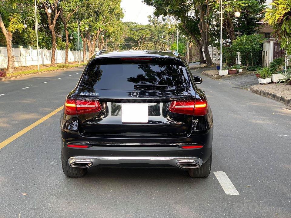 MBA Auto - bán xe Mercedes GLC250 2018 có Apple Carplay, trả trước 700 triệu nhận xe ngay (7)