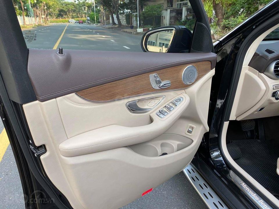 MBA Auto - bán xe Mercedes GLC250 2018 có Apple Carplay, trả trước 700 triệu nhận xe ngay (11)