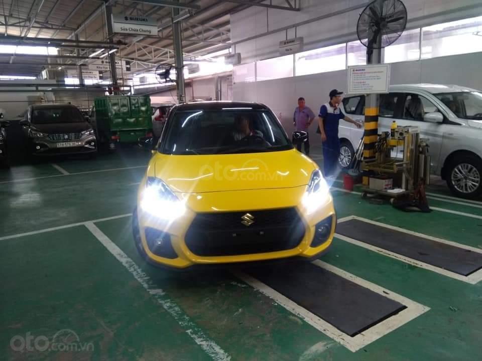 Suzuki Swift GLX 2019 đủ màu giảm giá cực sốc lên đến 50 triệu đồng hỗ trợ Bank cao, chỉ cần 120 triệu nhận xe (5)
