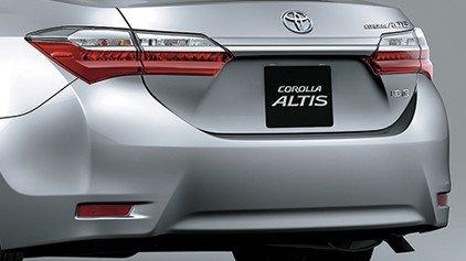 Thiết kế đuôi xe Toyota Corolla Altis 2019