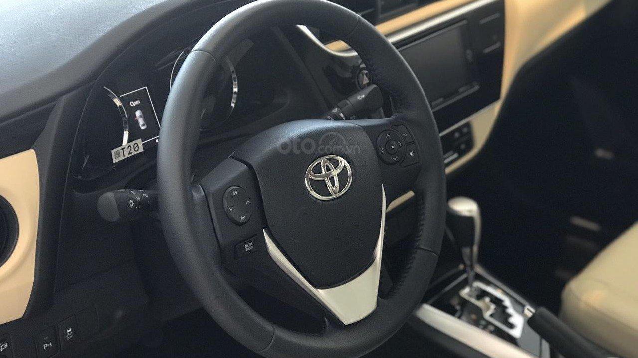 Vô lăng xe Toyota Corolla Altis 2019   1