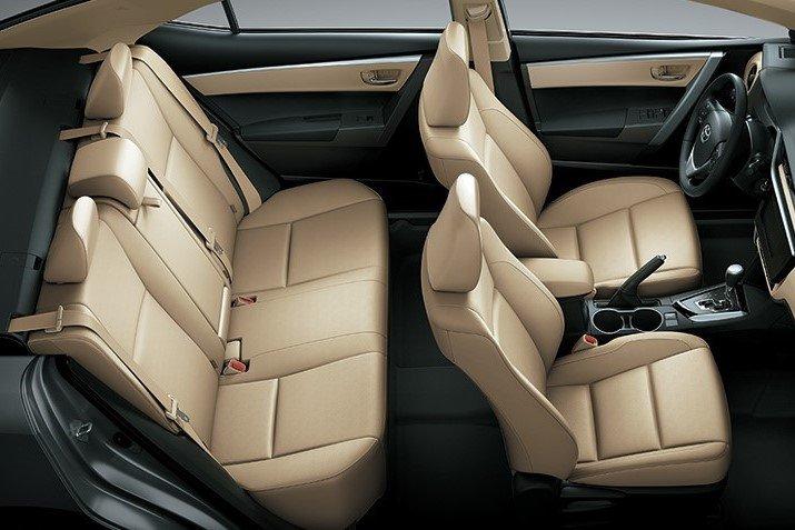 Toyota Corolla Altis 2019 1.8E CVT sử dụng ghế ngồi bọc nỉ, ghế lái chỉnh tay 6 hướng a1