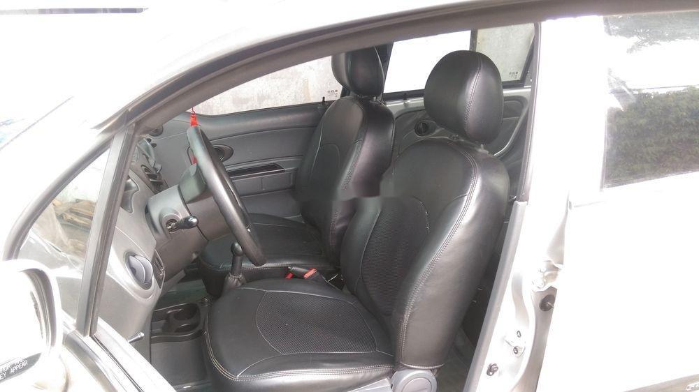 Cần bán xe Chevrolet Spark sản xuất 2010, nhập khẩu nguyên chiếc (4)