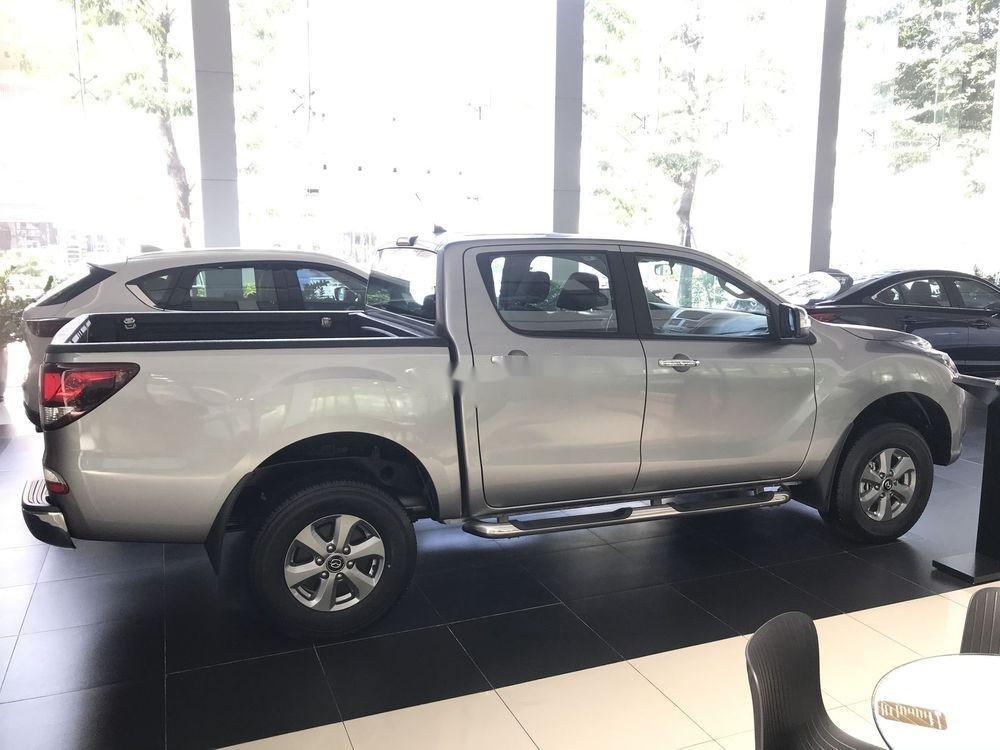 Bán xe Mazda BT 50 MT sản xuất năm 2019, màu bạc, xe nhập giá cạnh tranh (4)
