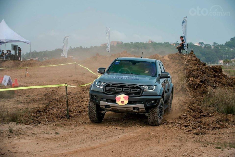 Ford Hà Thành bán Ranger Raptor, lấy xe với 400Tr, liên hệ 0938568583 (5)