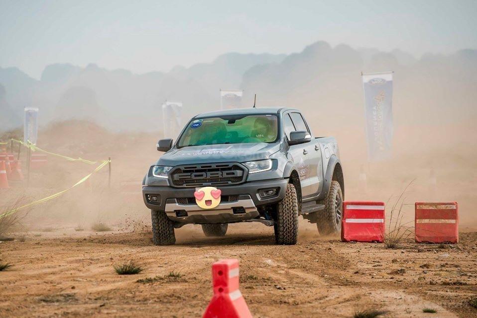 Ford Hà Thành bán Ranger Raptor, lấy xe với 400Tr, liên hệ 0938568583 (7)