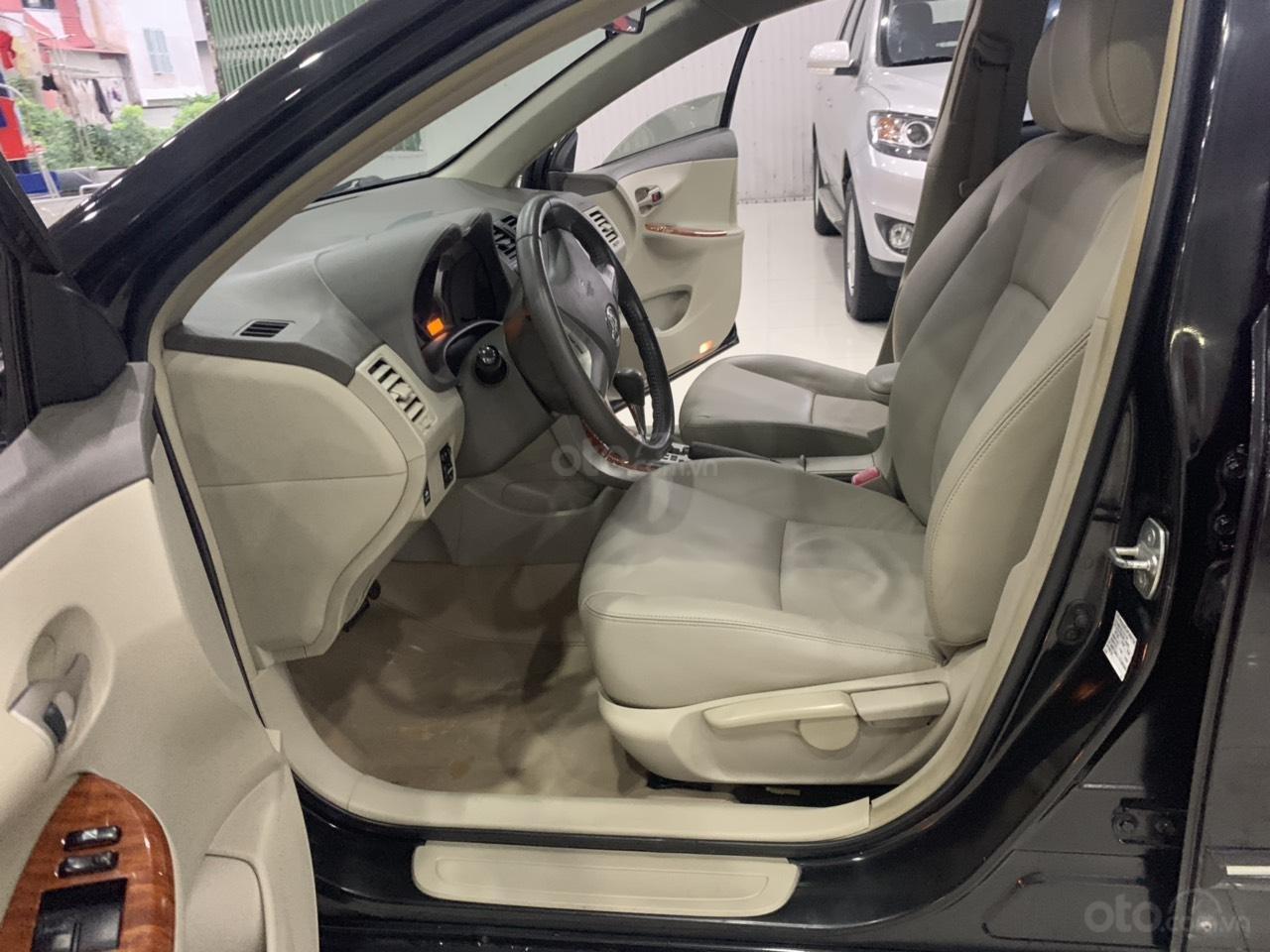 Cần bán Toyota Corolla Altis 1.8AT sản xuất năm 2010, màu đen, 445 triệu (2)