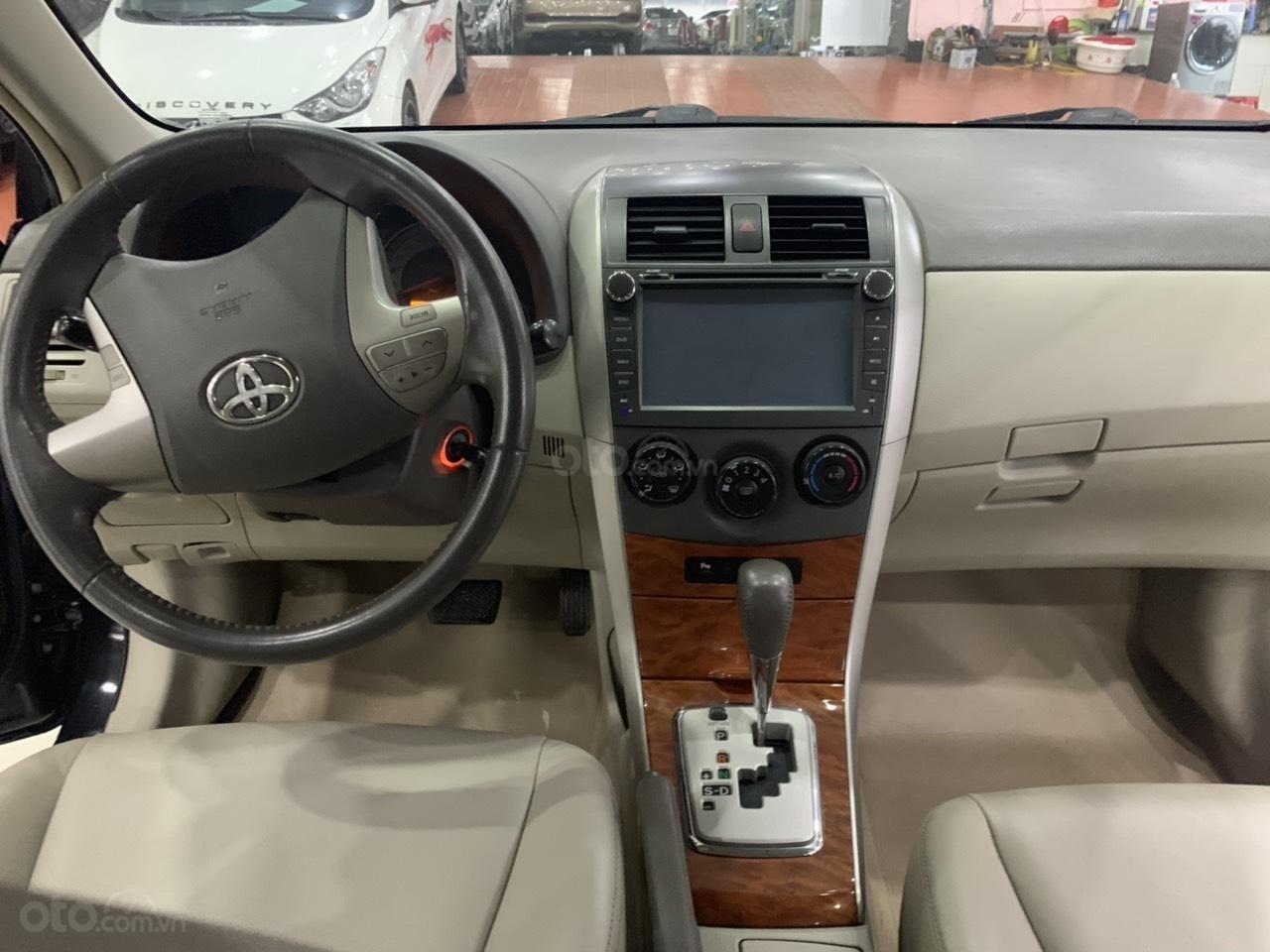 Cần bán Toyota Corolla Altis 1.8AT sản xuất năm 2010, màu đen, 445 triệu (9)