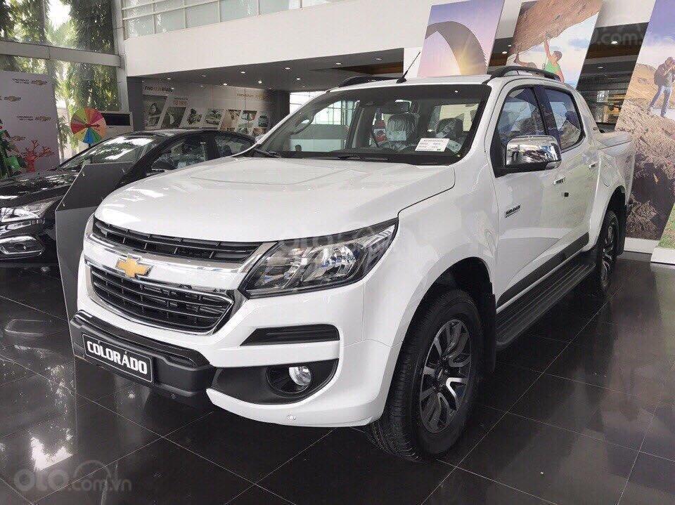 Cần bán Chevrolet Colorado năm 2019, màu trắng, xe nhập giá cạnh tranh (1)