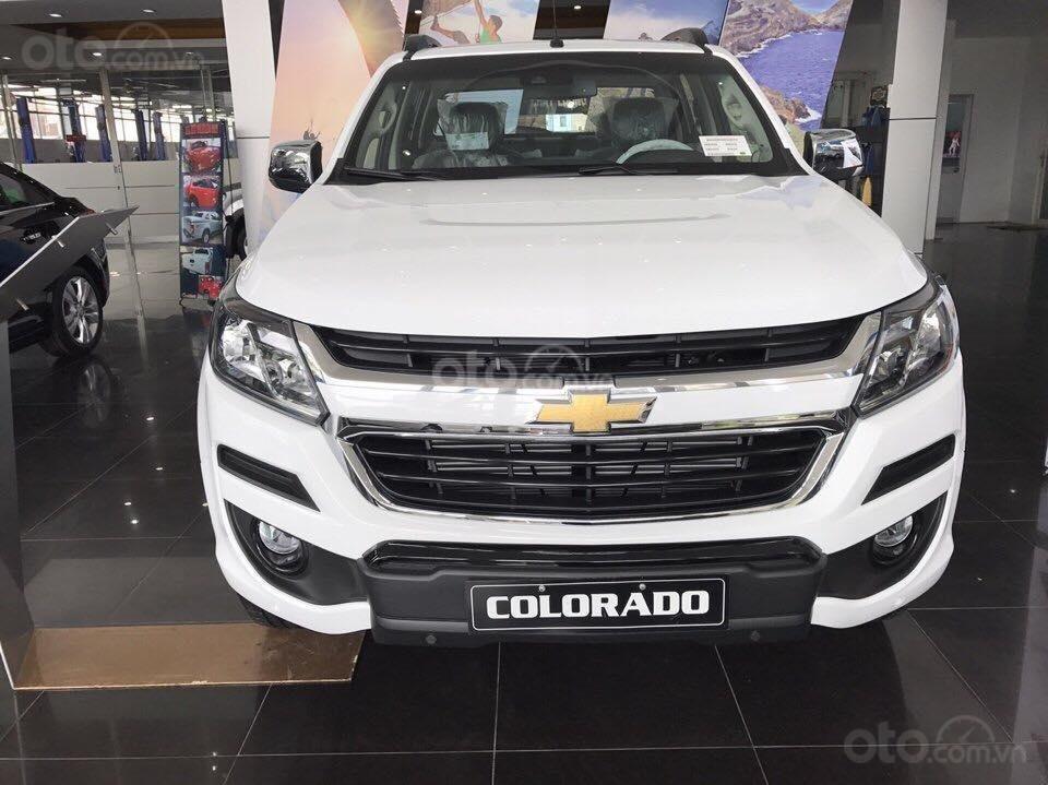 Cần bán Chevrolet Colorado năm 2019, màu trắng, xe nhập giá cạnh tranh (2)