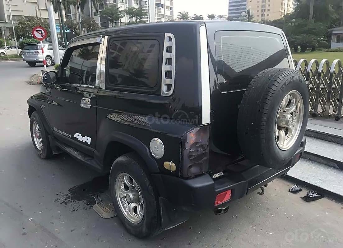 Cần bán lại xe Ssangyong Korando đời 2004, màu đen, nhập khẩu nguyên chiếc chính hãng (4)