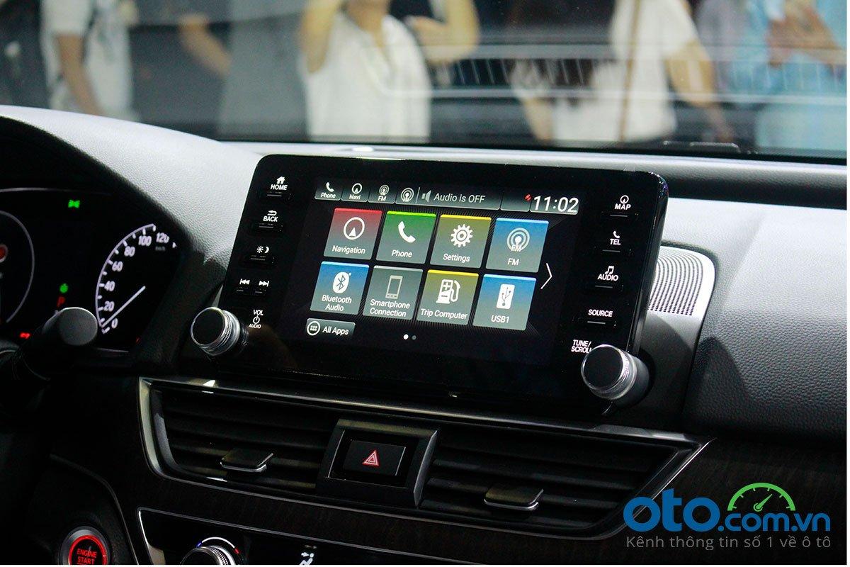 So sánh xe Kia Optima 2019 và Honda Accord 2020 về trang bị tiện nghi - Ảnh 1.