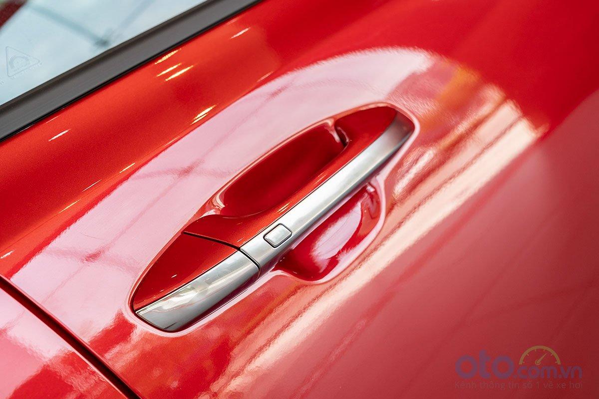 So sánh xe Kia Optima 2019 và Honda Accord 2020 về thiết kế thân xe - Ảnh 4.