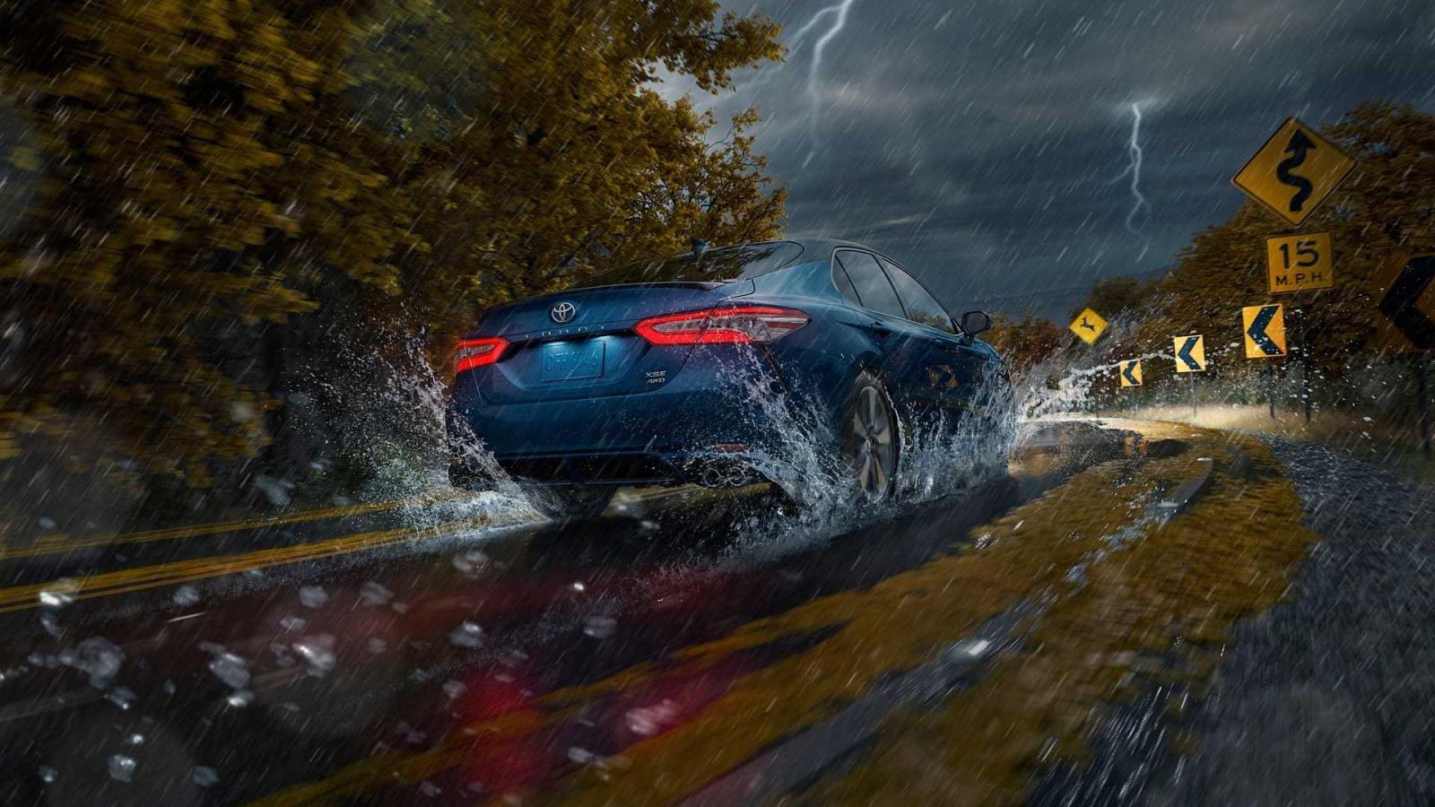 Toyota Camry 2020 bổ sung bản AWD tăng độ bám đường
