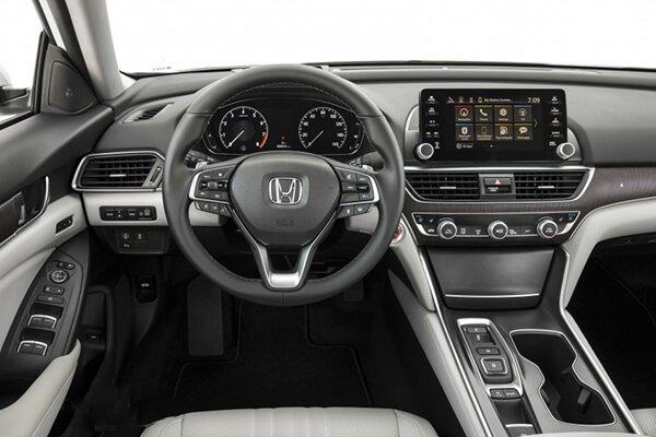 Không gian nội thật của Honda Accord đường trau truốt đến từng chi tiết nhỏ