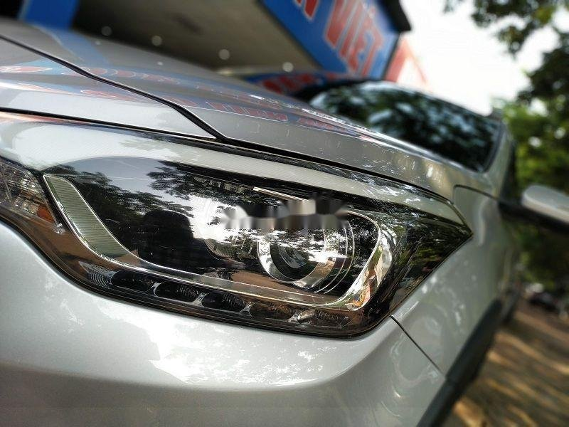 Bán gấp chiếc Hyundai i20 Active 2015 số tự động biển Hà Nội, xe chính chủ còn mới (9)