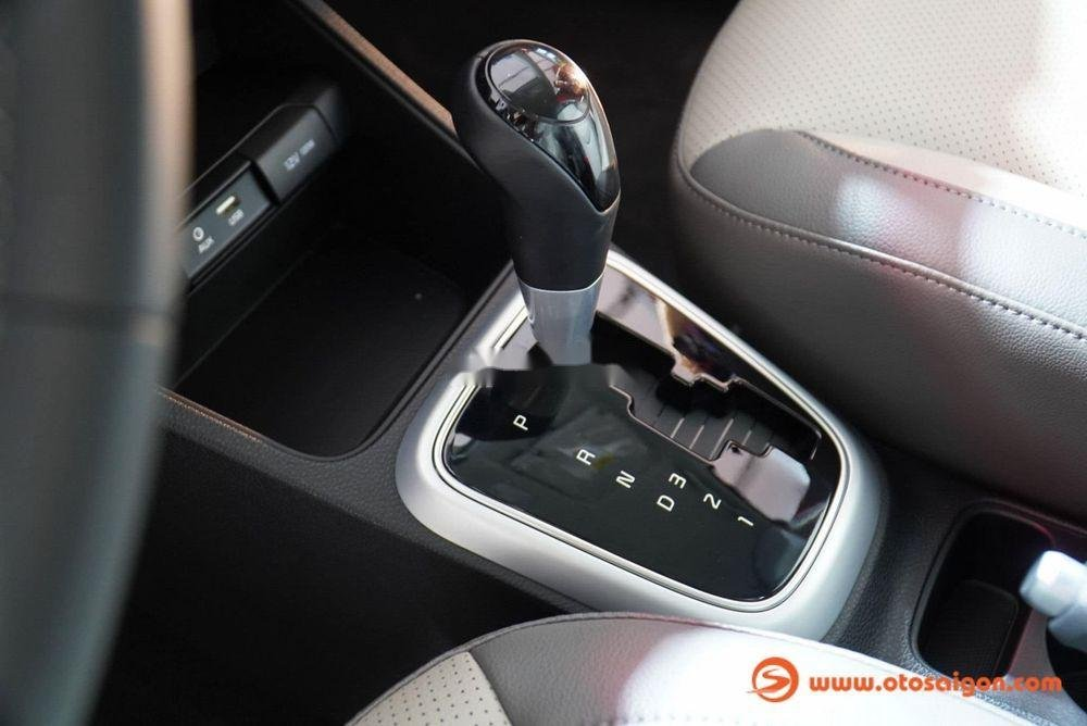 Bán Kia Soluto 1.4AT Deluxe đời 2019, xe giá thấp, giao nhanh toàn quốc (10)