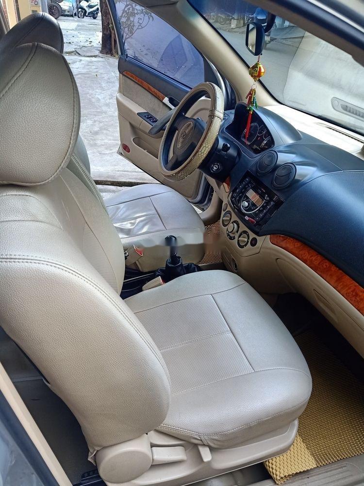 Bán Daewoo Gentra sản xuất 2009, màu bạc còn mới (6)