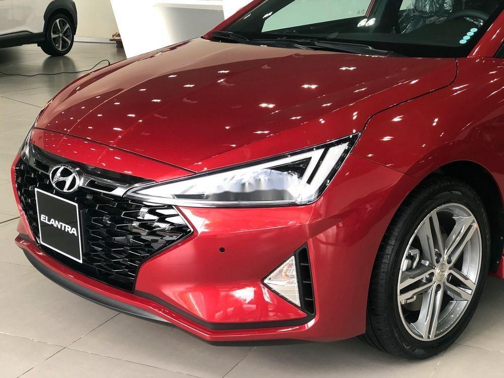 Bán Hyundai Elantra đời 2019, full màu giao ngay (4)