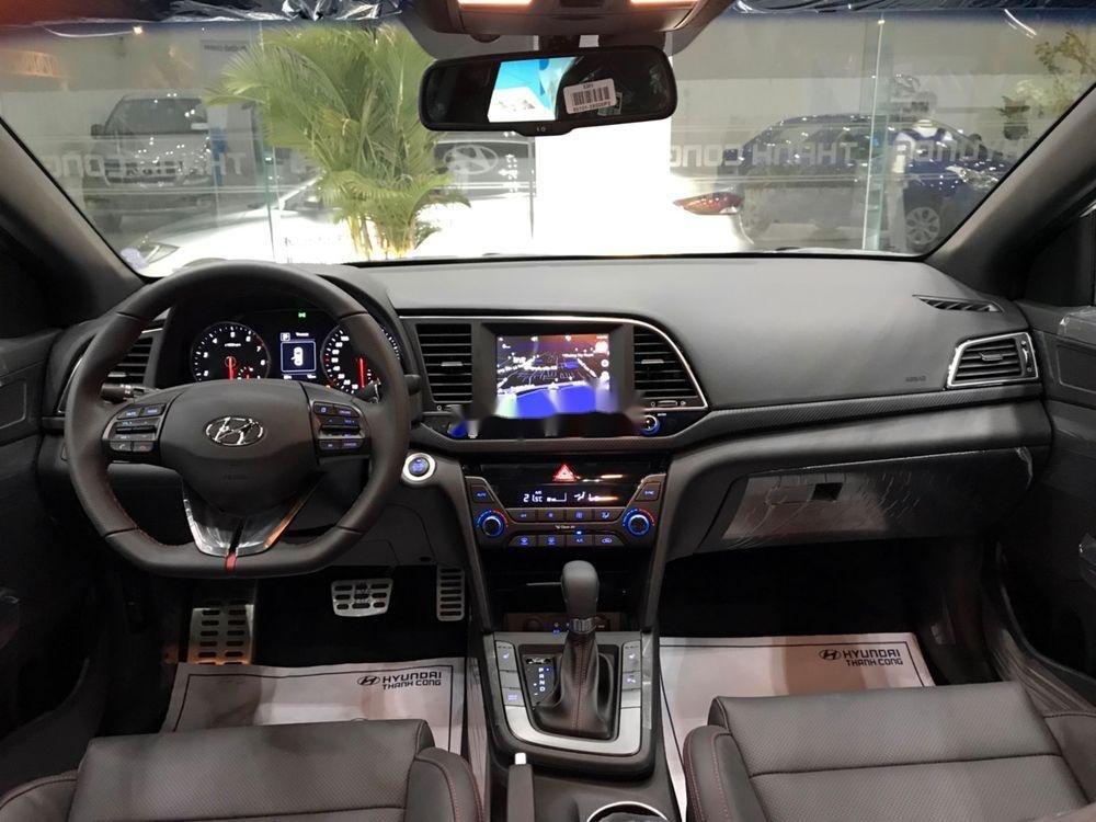 Bán Hyundai Elantra đời 2019, full màu giao ngay (6)