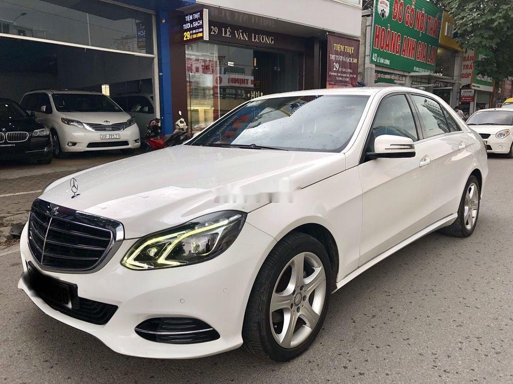 Bán nhanh chiếc Mercedes Benz E200 sản xuất 2014, xe giá thấp, chính chủ sử dụng (5)