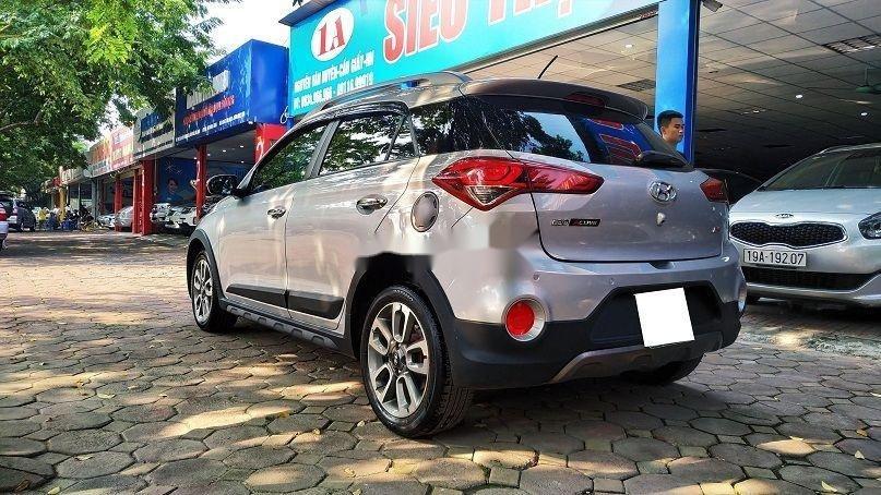 Bán gấp chiếc Hyundai i20 Active 2015 số tự động biển Hà Nội, xe chính chủ còn mới (4)