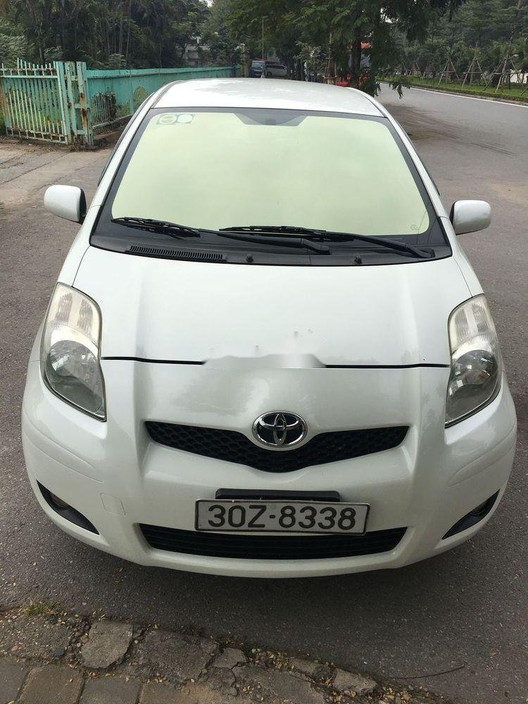 Bán xe Toyota Yaris năm sản xuất 2010, nhập khẩu giá cạnh tranh (1)