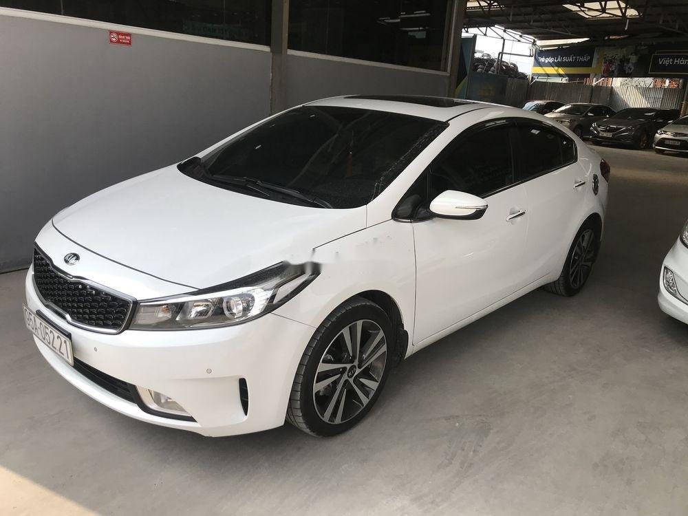 Bán xe Kia Cerato năm sản xuất 2018, màu trắng   (1)