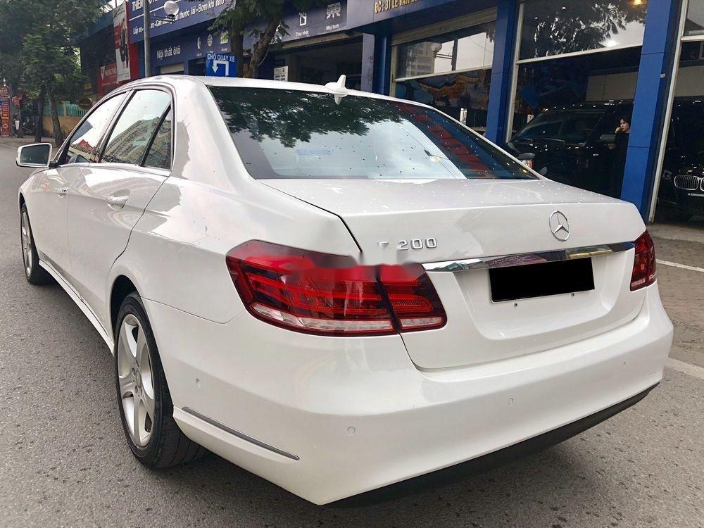 Bán nhanh chiếc Mercedes Benz E200 sản xuất 2014, xe giá thấp, chính chủ sử dụng (4)