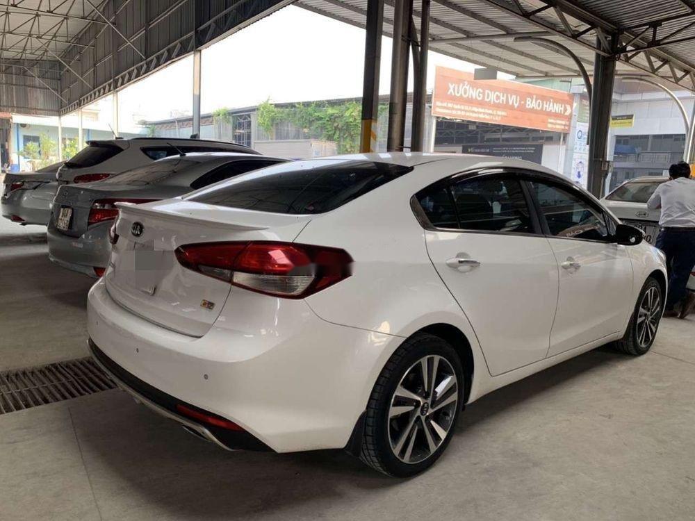 Bán xe Kia Cerato 2.0AT năm 2018, màu trắng số tự động, xe lướt (2)