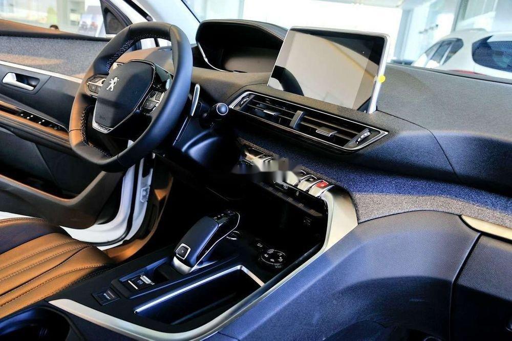 Bán gấp chiếc Peugeot 5008 năm 2019, nhập khẩu nguyên chiếc, giao nhanh toàn quốc (7)