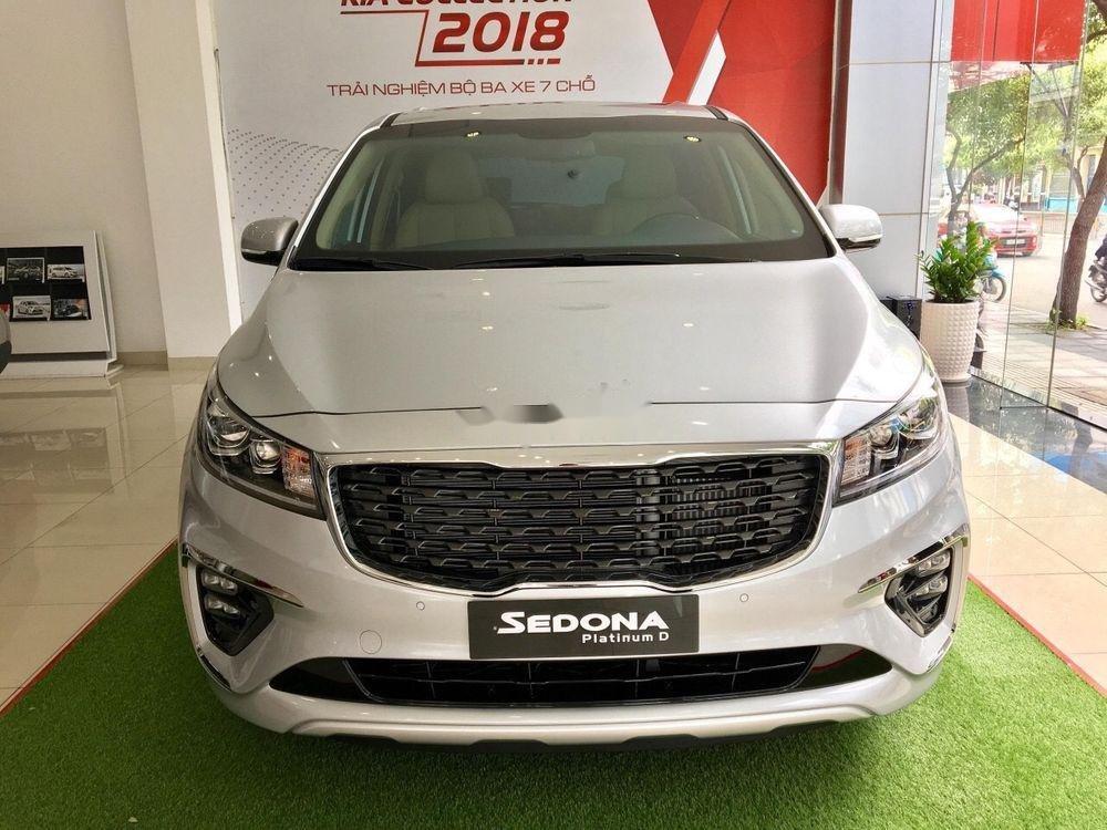 Xả kho xe Kia Sedona 2.2 DAT Luxury sản xuất 2018 (2)