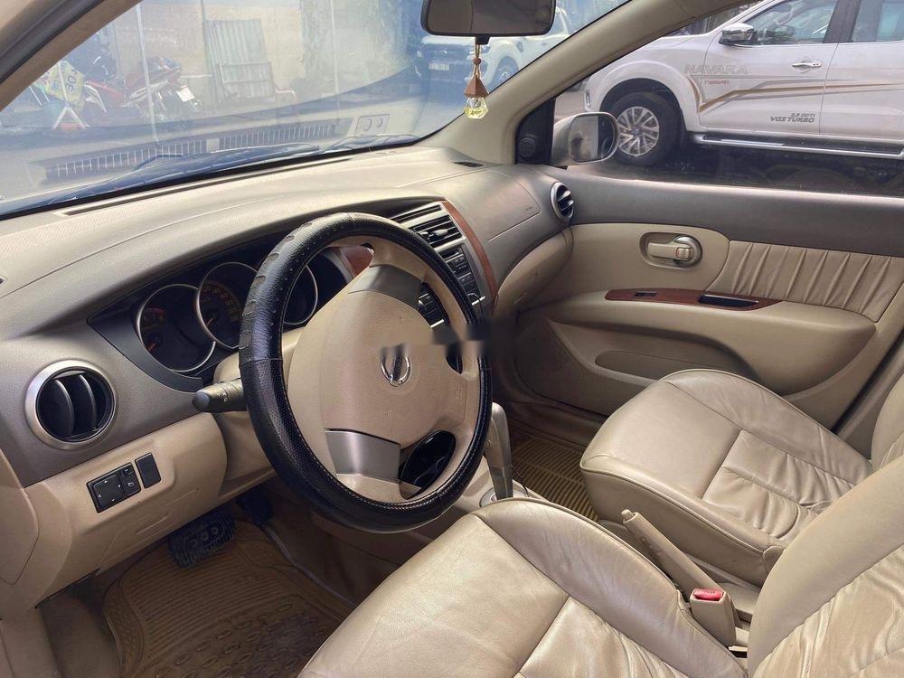 Bán Nissan Livina 2011, màu vàng, xe nhập số tự động, 325tr (5)