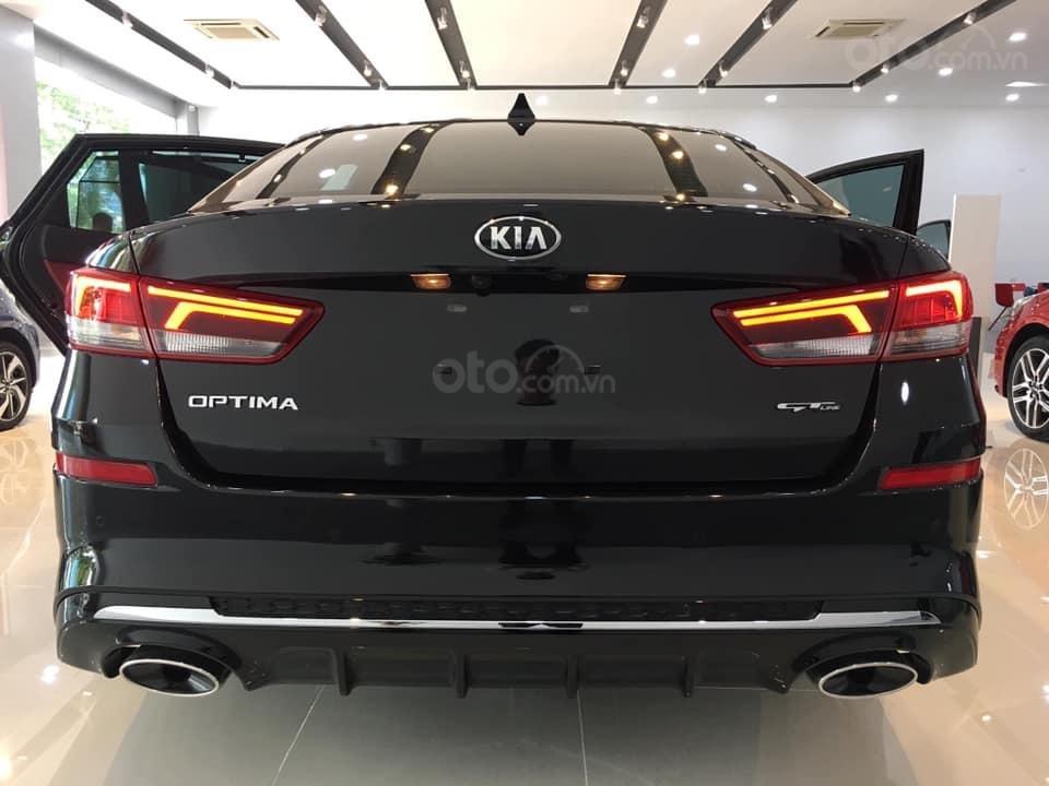 Kia Optima phân phối showroom chính hãng, hỗ trợ thủ tục nhanh gọn và nhiều ưu đãi, LH ngay để được giá tốt (3)