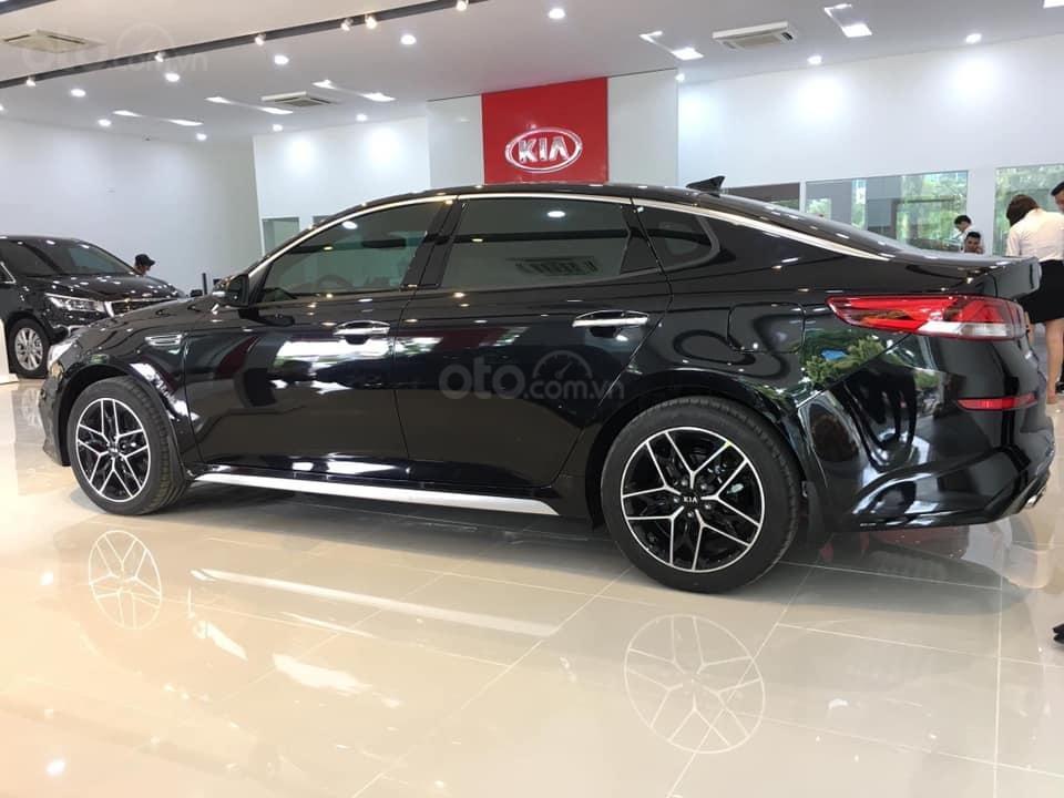 Kia Optima phân phối showroom chính hãng, hỗ trợ thủ tục nhanh gọn và nhiều ưu đãi, LH ngay để được giá tốt (4)