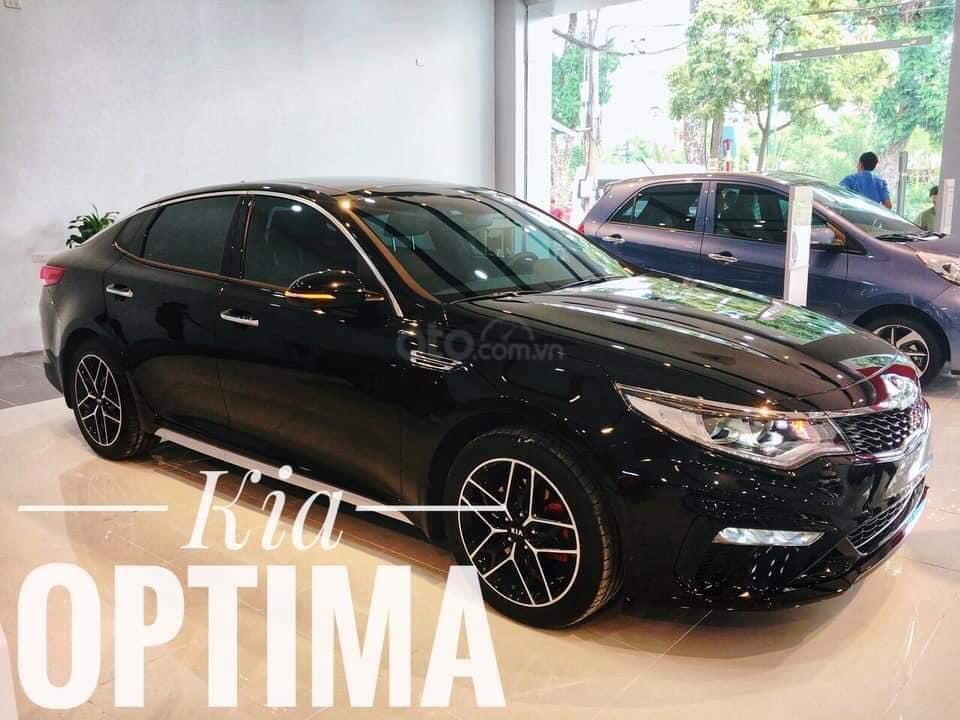 Kia Optima phân phối showroom chính hãng, hỗ trợ thủ tục nhanh gọn và nhiều ưu đãi, LH ngay để được giá tốt (1)