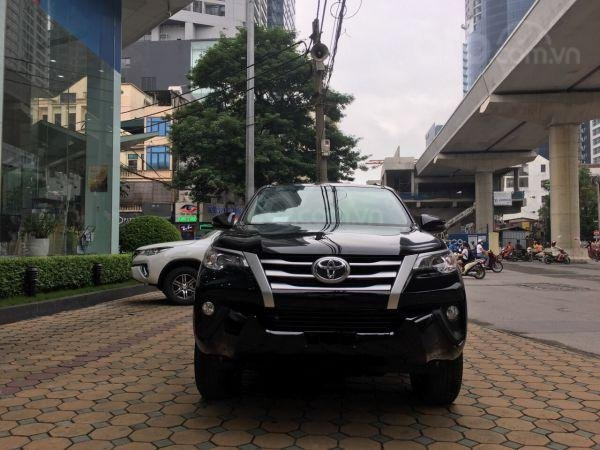 Toyota Fortuner 2019 số sàn 2.4 máy dầu, giá tốt. Mua xe trả góp lãi suất 0% (2)