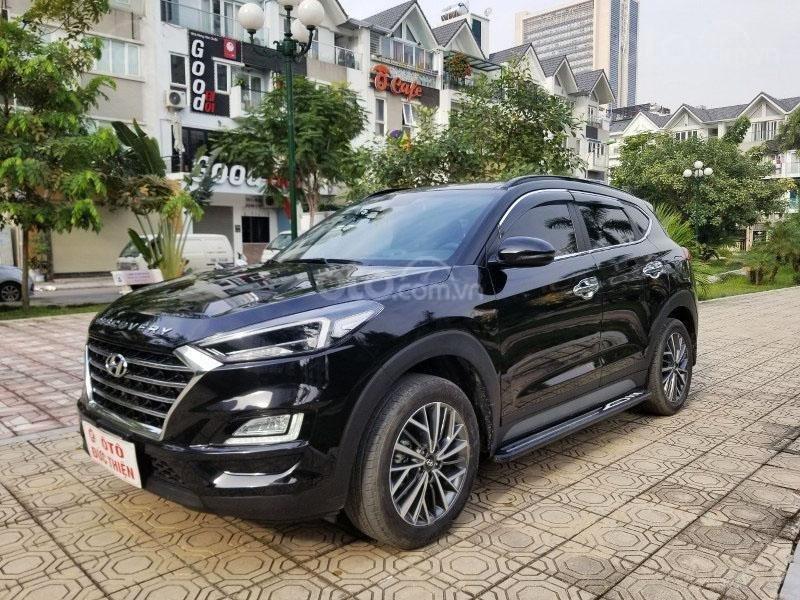 Bán chiếc xe Hyundai Tucson mới mua đầu 2019, màu đen, giá rẻ   (4)
