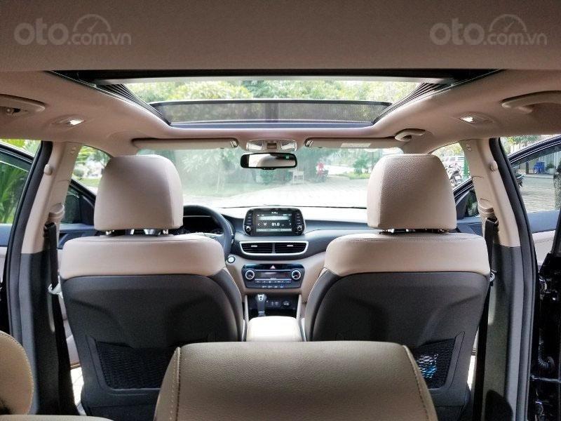 Bán chiếc xe Hyundai Tucson mới mua đầu 2019, màu đen, giá rẻ   (10)