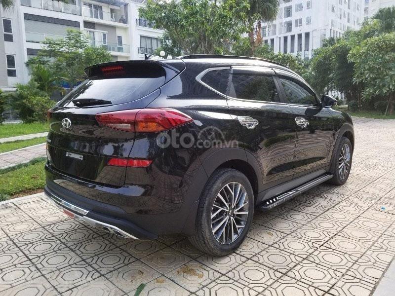Bán chiếc xe Hyundai Tucson mới mua đầu 2019, màu đen, giá rẻ   (19)