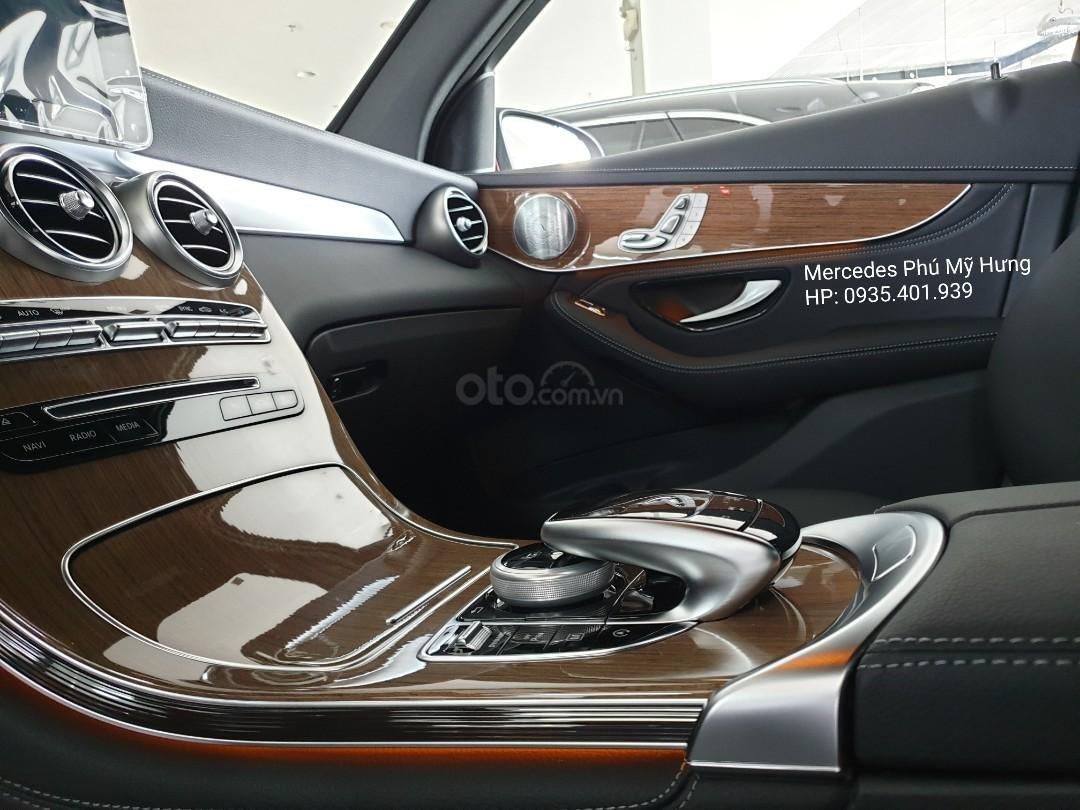 Giá Mercedes GLC 250 4Matic 2019, ưu đãi tết 2020, giảm giá trực tiếp, gói phụ kiện 50tr chính hãng (12)
