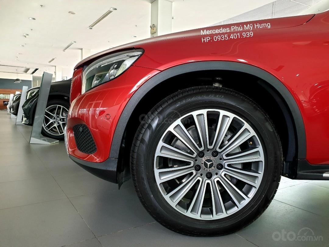 Giá Mercedes GLC 250 4Matic 2019, ưu đãi tết 2020, giảm giá trực tiếp, gói phụ kiện 50tr chính hãng (5)