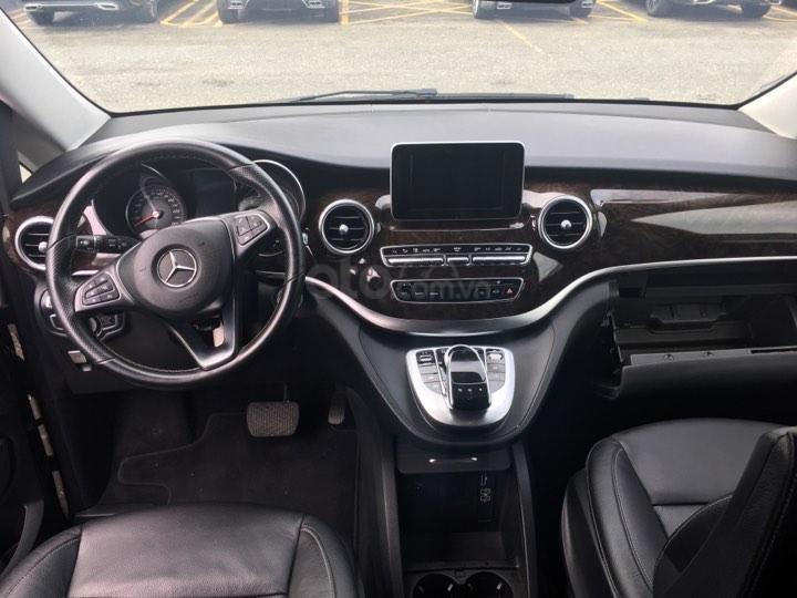 Mercedes V250 2016, màu xám, 33000km (7)