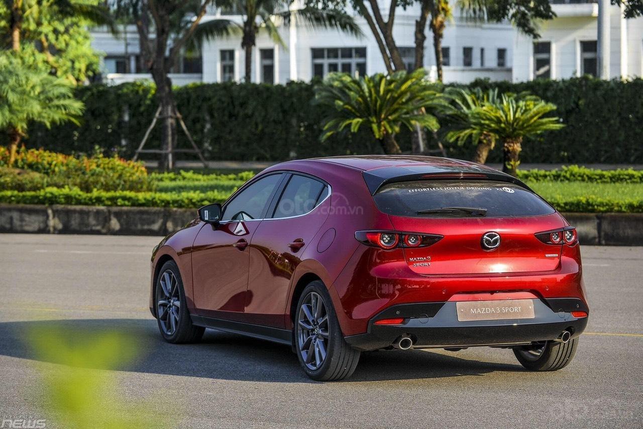 Cần bán Mazda 3 Sport 2020, màu đỏ, giá tốt (3)