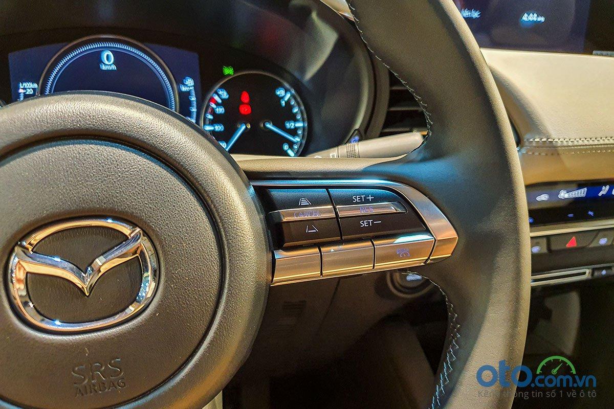 Đánh giá xe Mazda 3 Sport 2020 2.0L Premium: Kiểm soát hành trình tích hợp radar.