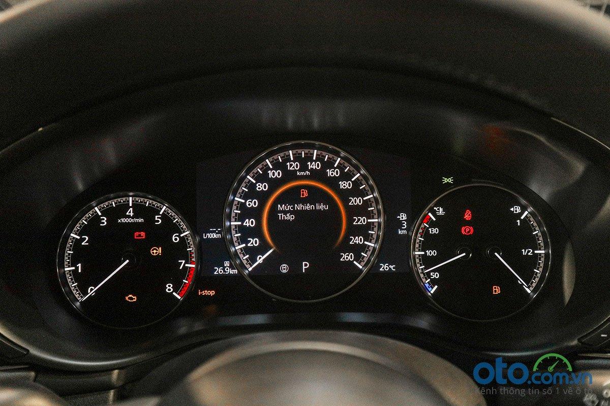 Đánh giá xe Mazda 3 Sport 2020 2.0L Premium: Bảng đồng hồ.