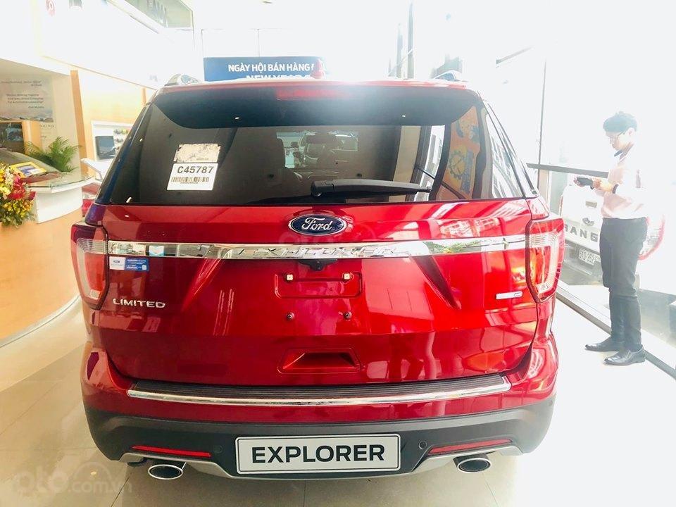 Ford Explorer - Giảm mạnh TM + PK - Giao ngay (3)