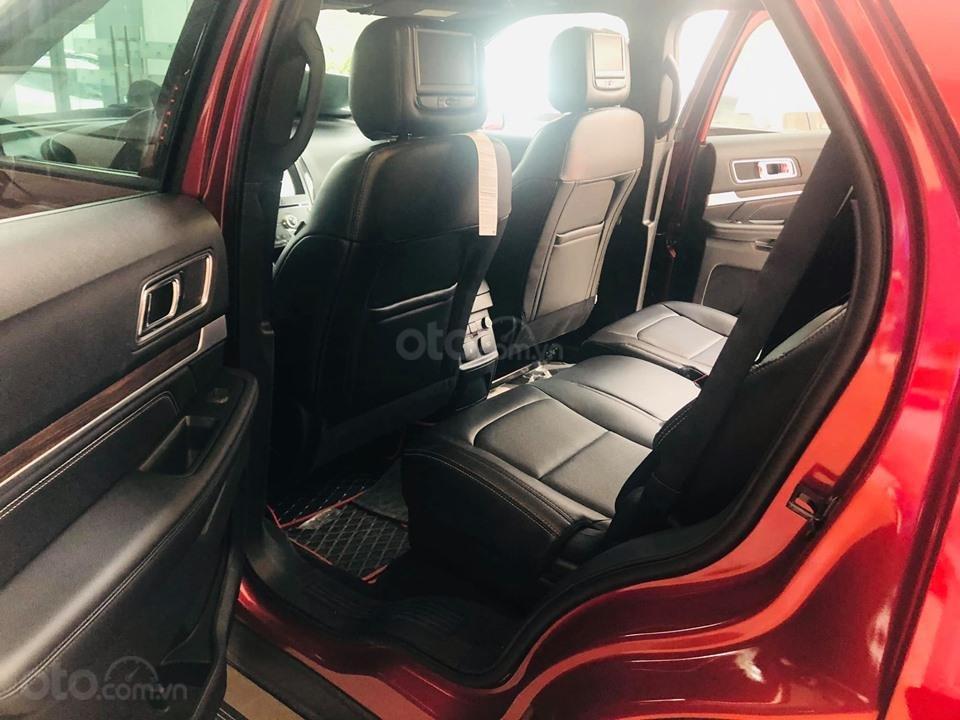 Ford Explorer - Giảm mạnh TM + PK - Giao ngay (5)
