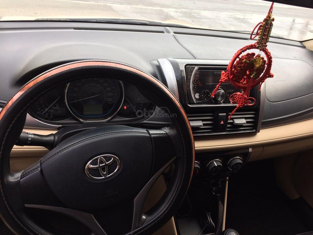Bán xe Toyota Vios số sàn, sản suất 2017 (3)
